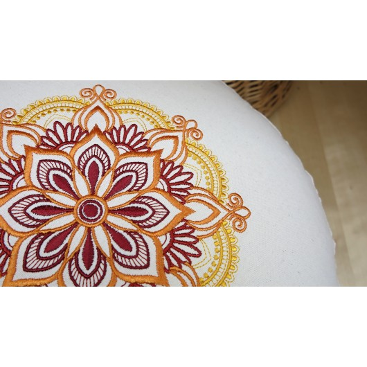 zafu - pohankový sedák - meditační polštář režný s vyšívanou mandalou dooranžova 40cm