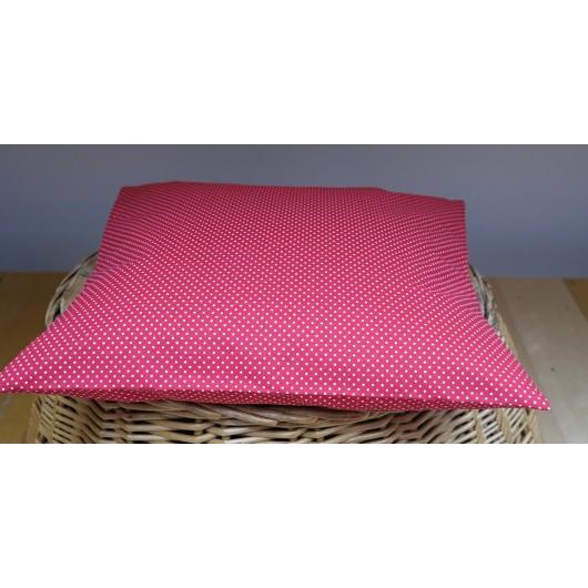 Pohankový polštář 40 x 30cm červený s puntíky